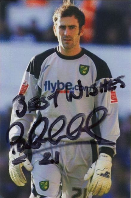 Paul Gallacher, Norwich City, signed 6x4 inch photo.